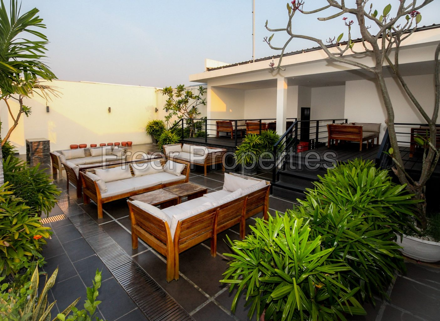 Three bedroom apartment for rent Chroy Changvar