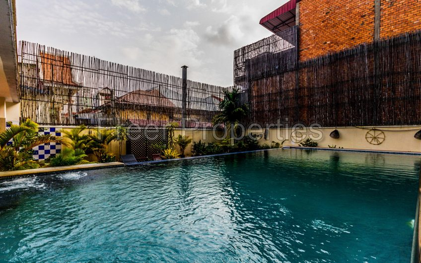 Three bedroom apartment for rent with pool and gym for rent Central Market Riverside